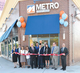Metro Credit Celebrates Newton Branch Opening