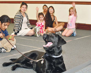 Chelsea Public Library – Meet Police Dogs