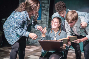 Riseman Family Theatre Puts on Kids Version of Midsummer Night's Dream